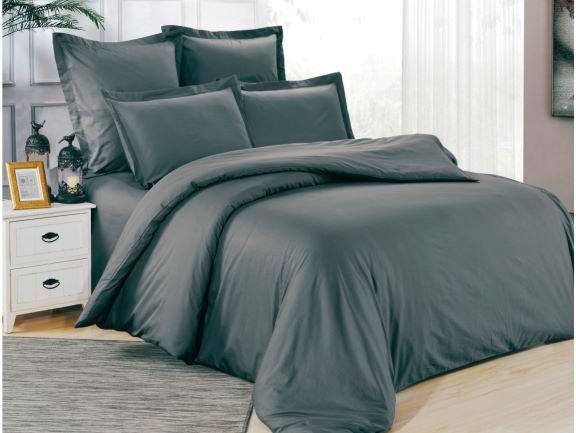 Серое постельное белье с вышивкой